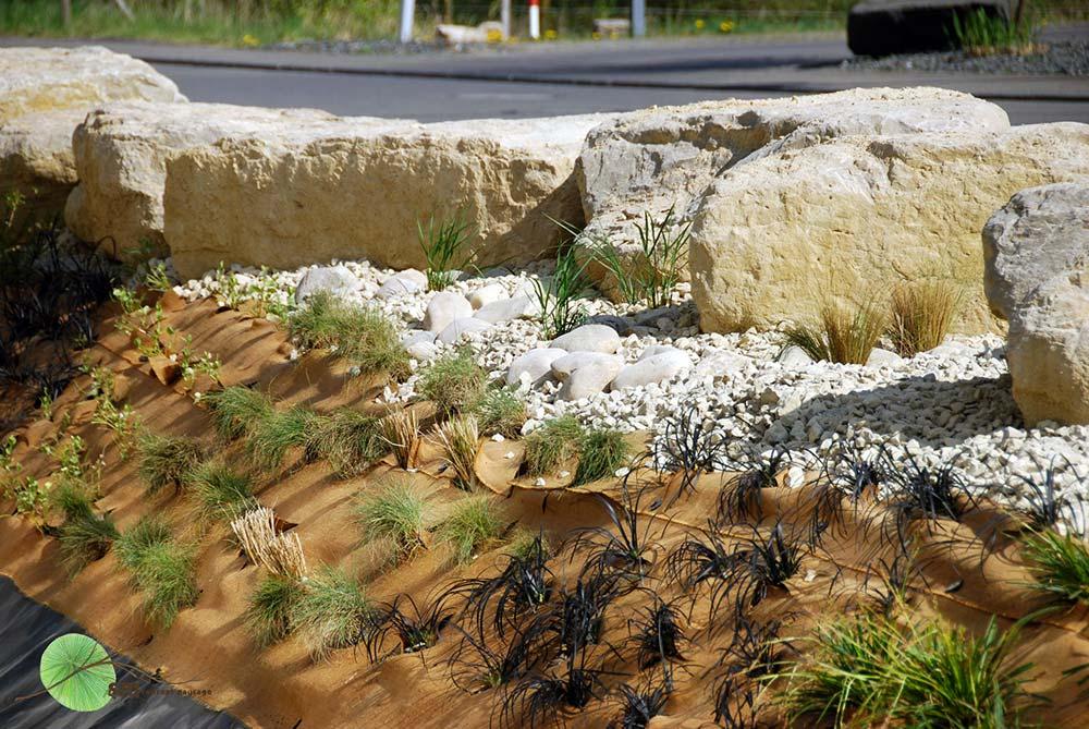 Aménagement des bassins de rétention des eaux pluviales à ciel ouvert, ainsi que des alentours des Ateliers KOCH, au zoning industriel 'Am Bann' à LEUDELANGE.